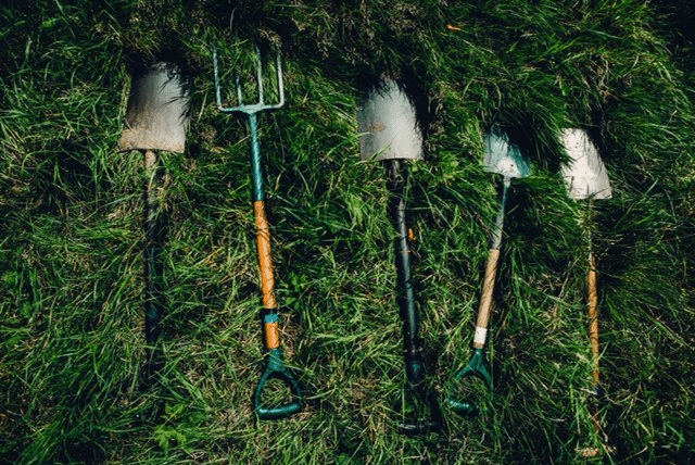 gardening tools: prepare your business